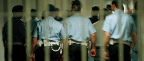 Aggrediti due infermieri nel carcere di Barcellona: inserire la difesa personale nei corsi di studi?
