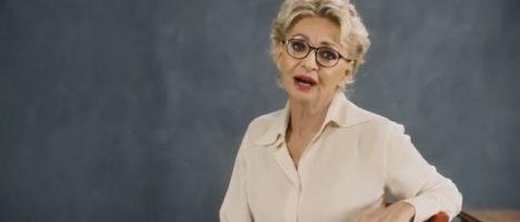 Vergognoso spot con Enrica Bonaccorti per incentivare il risarcimento del danno. Dopo la rivolta dei medici, la RAI lo blocca