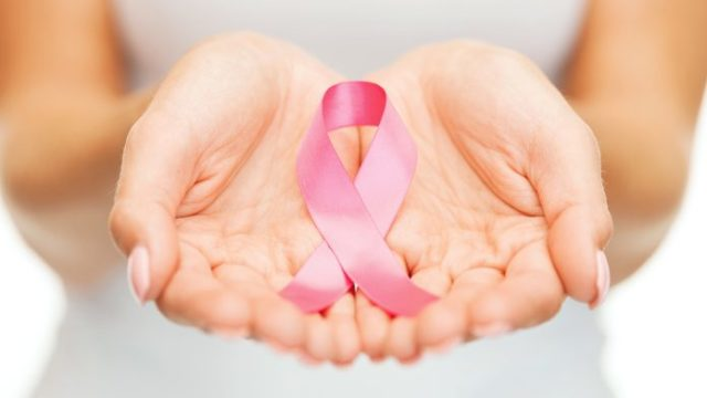 """Malate oncologiche, un'indagine studia i """"caregiver"""": 8 su 10 sono uomini a fianco delle donne"""