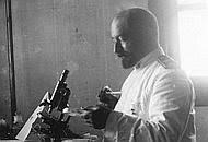 Scoperte in Medicina: Vincenzo Tiberio, scopritore della penicillina italiana, un genio dimenticato