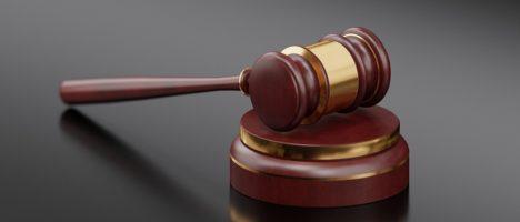 Condanna a 4 mesi di carcere ad una guardia medica perchè non visita dei turisti