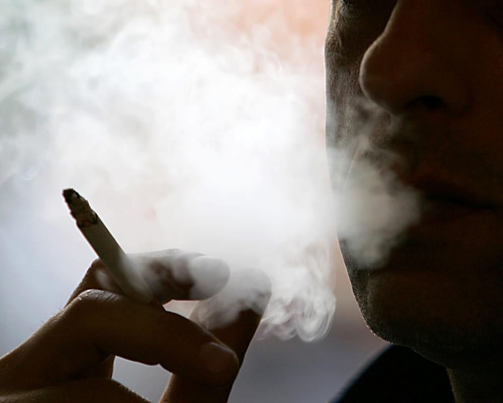 Stop alle sigarette: con il supporto di un Centro Antifumo triplicano le probabilità di riuscire a smettere. Claudio Ranieri testimonial per la disassuefazione dal fumo