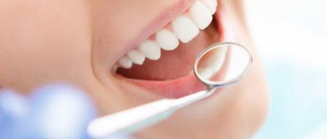 Dentista abusivo a Biancavilla denunciato alla procura di Catania