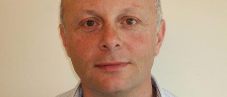 """Intervista all'immunologo messinese  Pietro Mastroeni, docente a Cambridge:  """"Dedico la mia vita alla ricerca di batteri, vaccini e antibiotici"""""""
