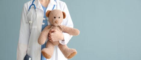 Il diritto alla salute dei bambini e l'importanza del medico pediatra