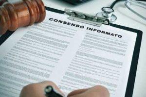 Consenso informato: in caso di pericolo per la vita se ne può fare a meno