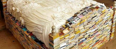 """Noterelle riabilitative del padre del libraio: """"Troppo"""""""