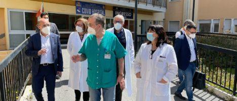 """Commissario Firenze: """"L'ospedale di Barcellona diventerà centro per gli anticorpi monoclonali"""""""