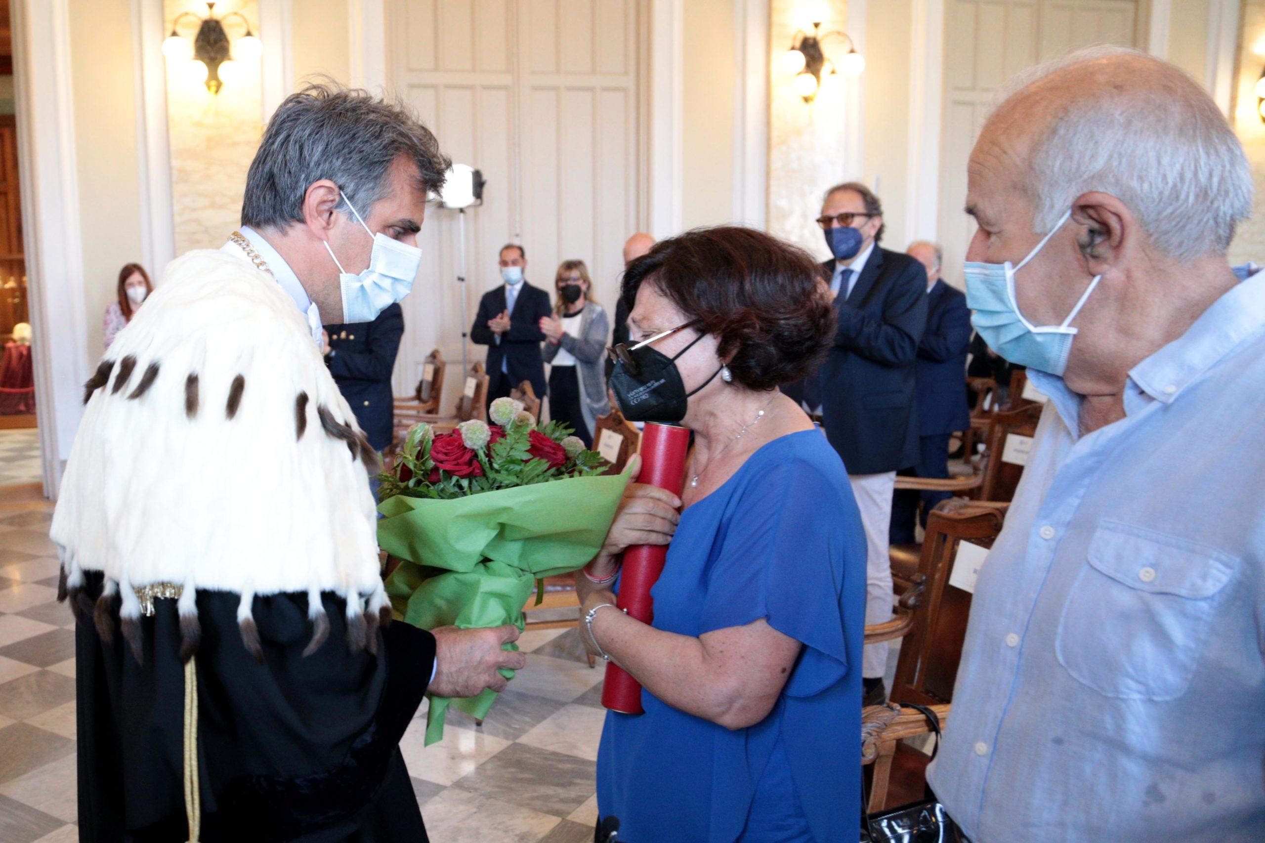Consegnata in Aula Magna la pergamena di Laurea in ricordo di Lorena Mangano
