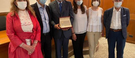 Dino Bramanti premiato dall'Ordine dei medici e dalla associazioni Federspev, AIDM e AMMI